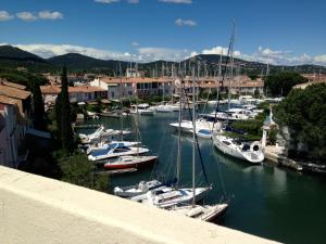 Photo of Modernes Apartment Port Grimaud