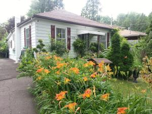 Photo of Niagara Cottage Rental