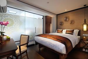 Photo of Hotel Clover 33 Jalan Sultan