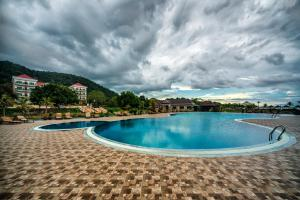 Photo of Rock Royal Hotel & Resort