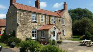 Dunston Pillar Farm B&B