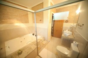 Deluxe Chalet with Spa Bath
