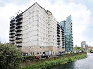 Stratford Serviced Apartments Central House