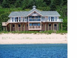 Photo of Eagles Perch Beach House
