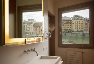 Prestige Double Room - Arno River View