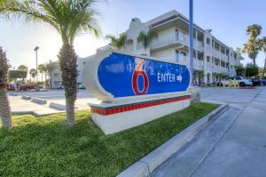 Motel 6 Oceanside