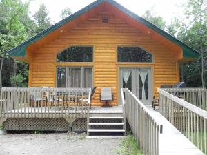 Two-Bedroom Chalet - Disability Access