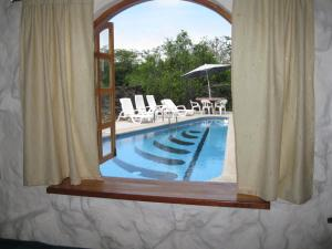 Familiar Room with Pool View