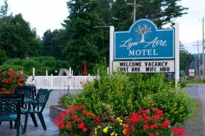Photo of Lyn Aire Motel   Lake George