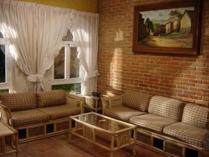 Three-Bedroom Villa with Garden View (6 adults)
