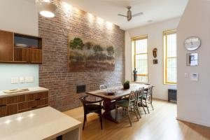 Three Bedroom Townhouse- West 112th Street