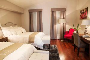 Junior Suite with Two Double Beds