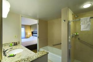 One-Bedroom Double Suite