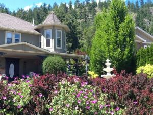 Kelowna Lakeview Cove Bed & Breakfast