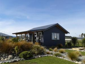 Photo of Te Anau Holiday Houses   Beech Retreat
