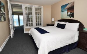 Oceanfront King Suite