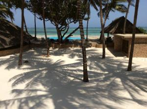 Photo of Kusini Beach Cottages