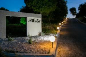 Hillside Studios & Apartments