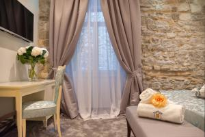 Photo of Antique Split Luxury Rooms