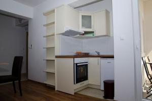 Apartments Deak, Apartmány  Janjina - big - 36