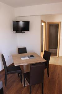 Apartments Deak, Apartmány  Janjina - big - 42