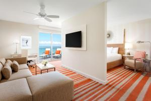 Junior Suite with Two Queen Beds and Balcony - Oceanfront