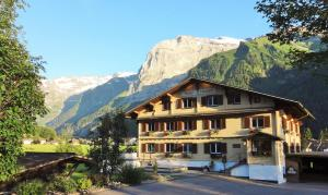 Photo of Hotel Garni Hostatt
