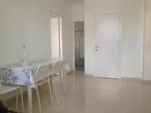 Photo of Yan Netanya Apartment