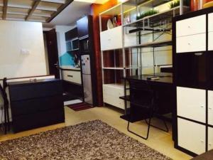 E Home - Tongji Apartment