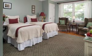 Double Room with Two Twin Beds - Moosehead Lake Room