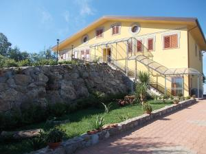 Uliveto Garden, Bed & Breakfast  Bagnara Calabra - big - 53