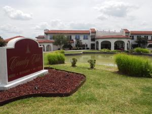 Photo of Country Club Hotel & Spa
