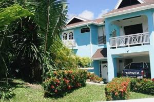 Photo of Blue Waters Villa