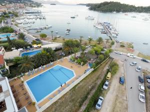 Photo of Athos Hotel