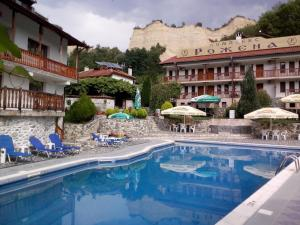 Photo of Rozhena Hotel