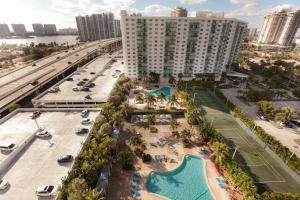 Premium Two-Bedroom Suite with Bay View 1504