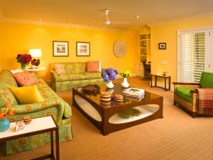 Lanai One Bedroom Suite with Sofa Bed