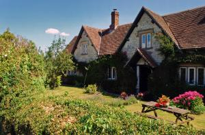 Dove Cottage Bed and Breakfast in Calne, Wiltshire, England