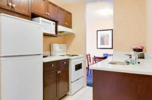 Two-Bedroom Suite with Kitchen