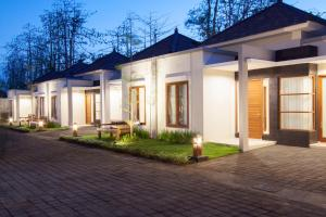 Photo of Casa Di Ungasan Suite And Residence