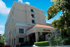 Photo of Beverly Hotel