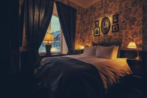 Hotel Pigalle - 9 of 29