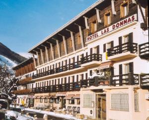 Photo of Hôtel Las Donnas