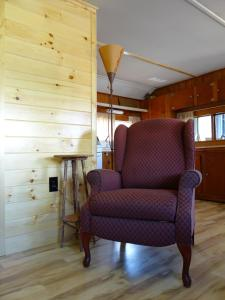 Two-Bedroom House (6 Adults) Cabin 7