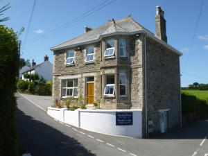 Photo of Treverbyn House   Veryan