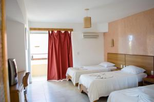 Triple Room with Balcony (3 Single Beds)