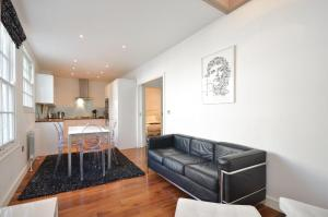Apartamento Uber London New Oxford Street House, Londres