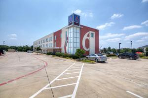 Motel 6 Fort Worth Northlake Speedway, Hotely  Roanoke - big - 38