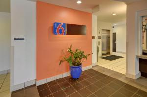 Motel 6 Fort Worth Northlake Speedway, Hotely  Roanoke - big - 23