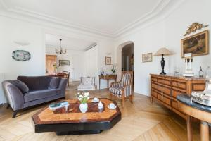 Ternes - Parc Monceau Apartments by Onefinestay